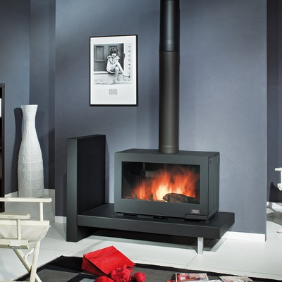 po le bois chemin es philippe vivario. Black Bedroom Furniture Sets. Home Design Ideas