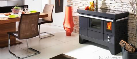 cuisini re bois aussi appel founeau ou piano. Black Bedroom Furniture Sets. Home Design Ideas